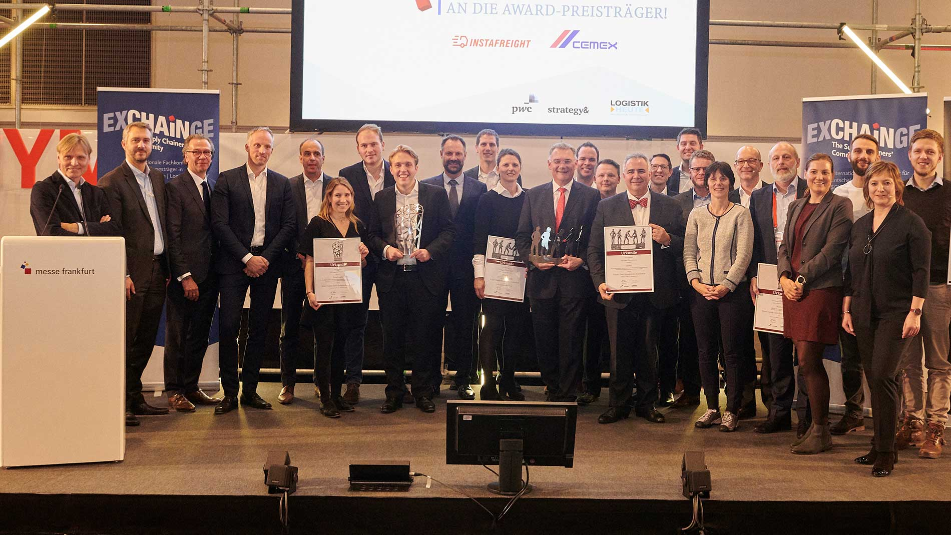 Glückliche Gewinner des Supply Chain Management Awards 2018